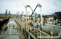潜油泵式鹤管